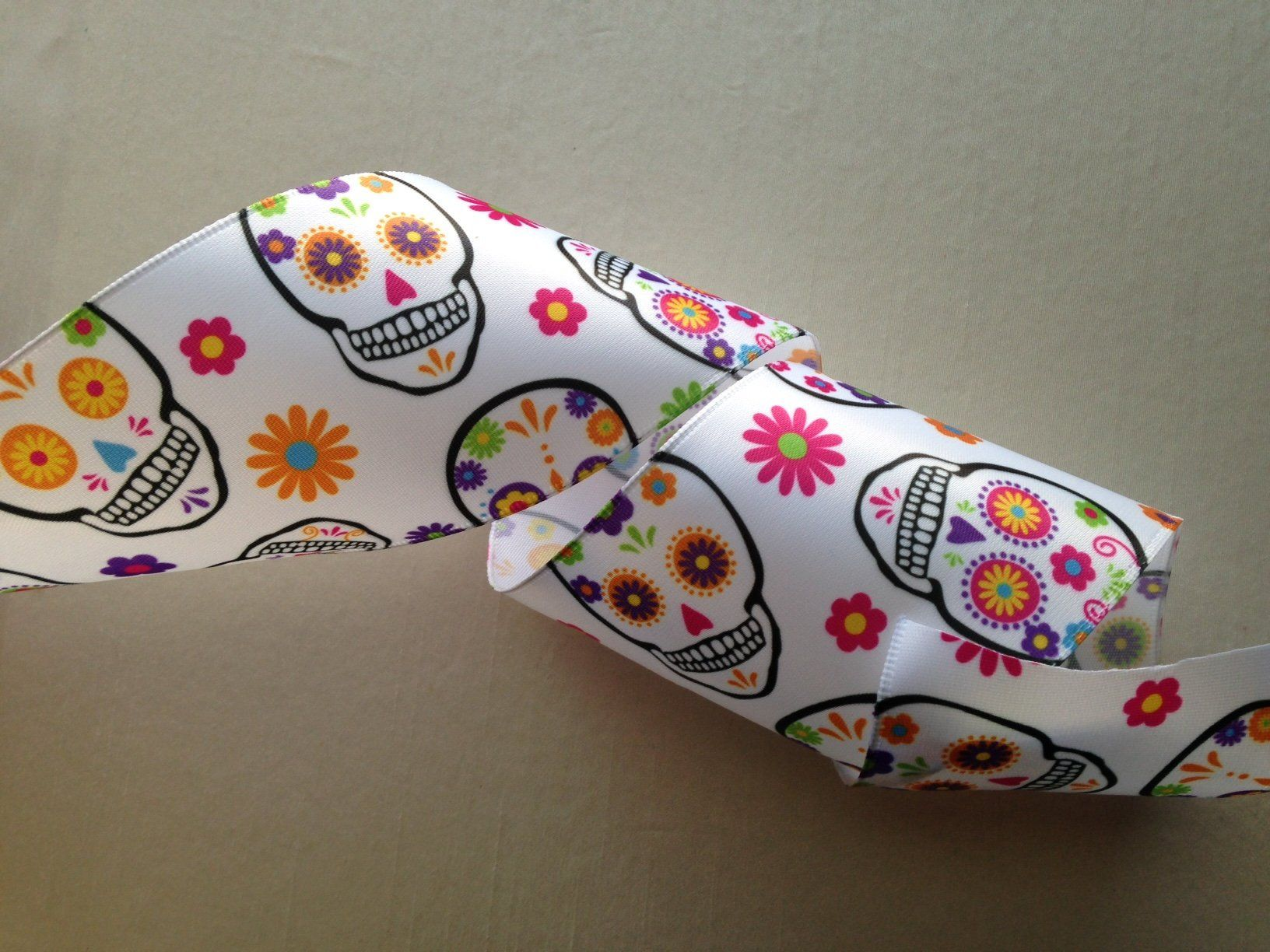 """3 Yds Colorful Flowers Wired Ribbon 1 1//2/""""W"""