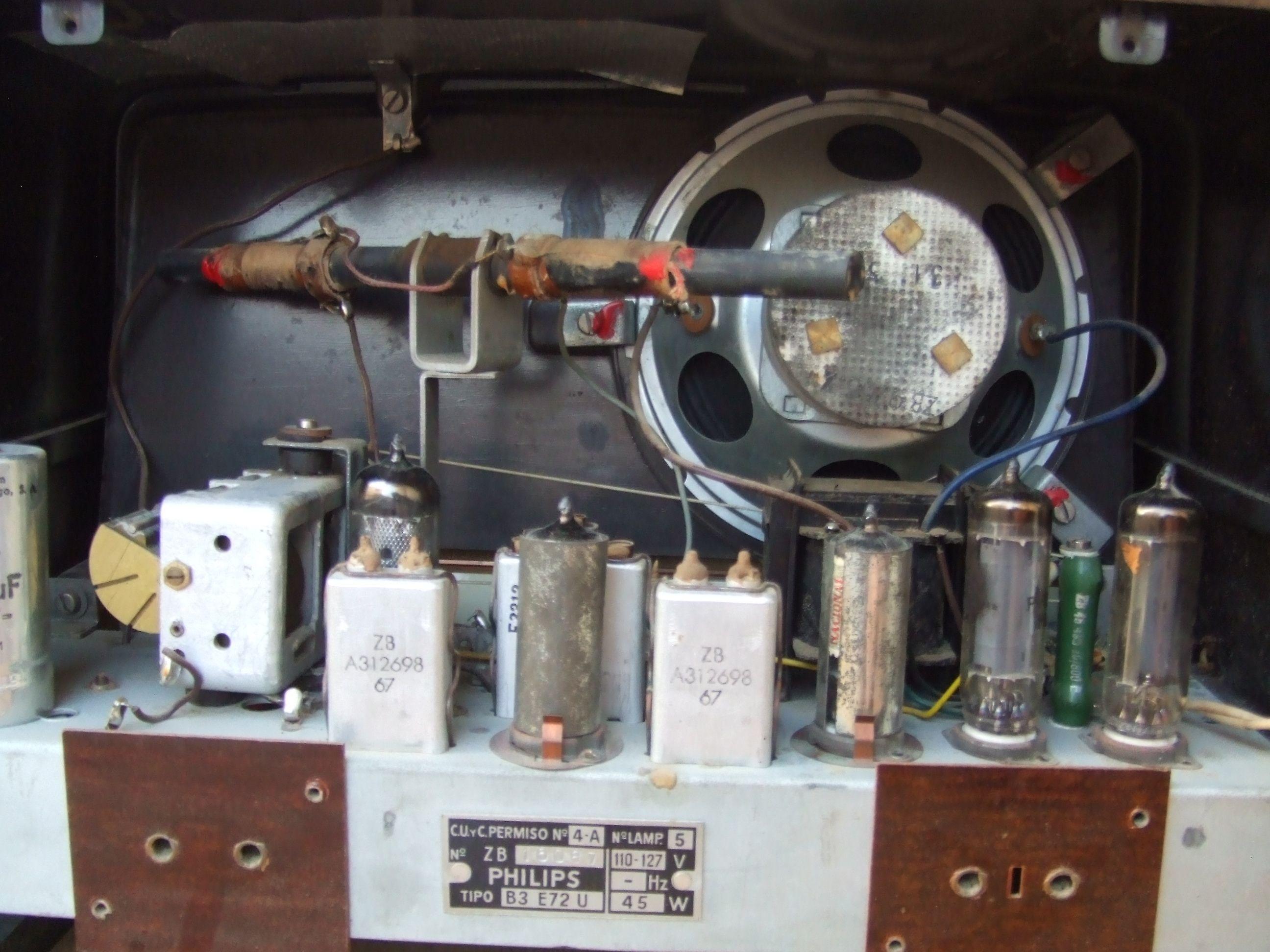 Philips B3e72u Antique Radio Tube Radio