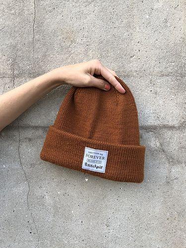 37ee7270d1b The Oslo Hat pattern by PetiteKnit