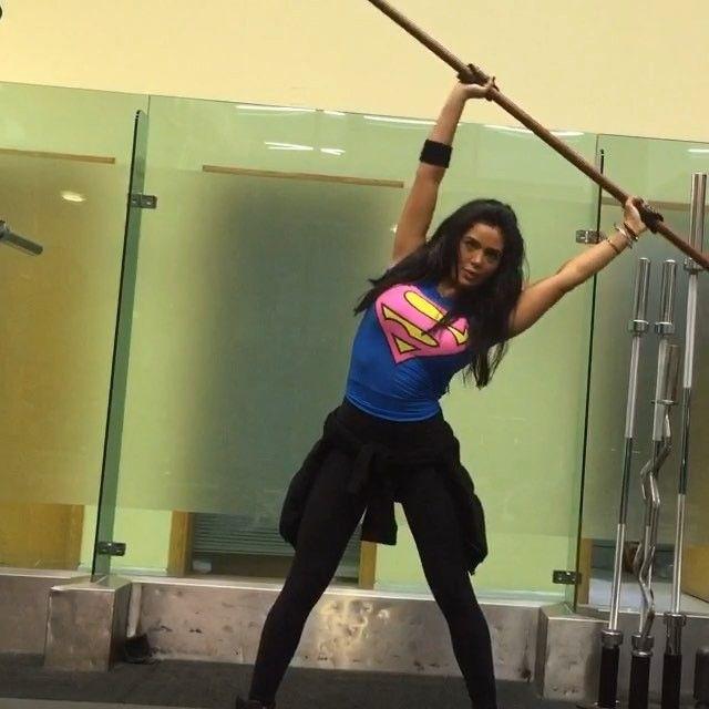 تمارين ممتازه للخواصر وتنحت الخصر نحت و قايلتلكم من قبل هالتمارين ما استغنى عنها و نتايجها عجيبه ال Abee Workout For Flat Stomach Fitness Motivation Gym Life
