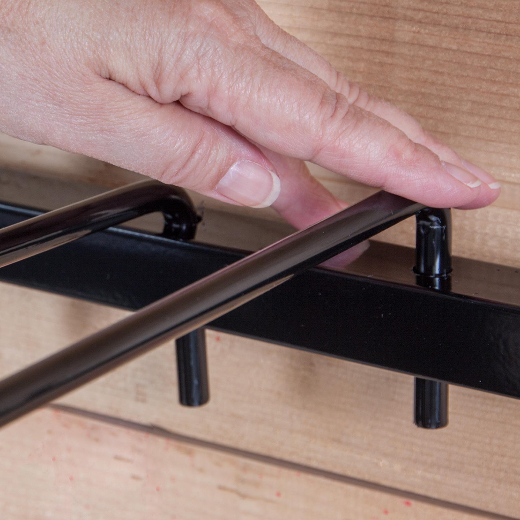 Saddle Pad Swing Arm Rack View 2