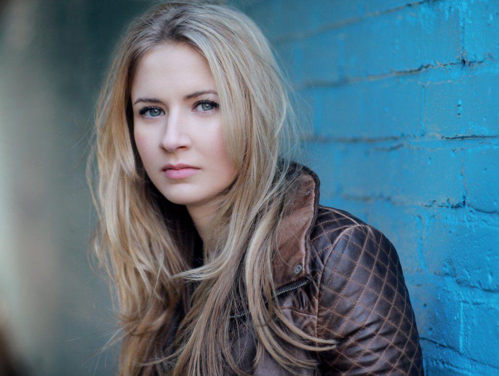 Eliza Bennett (born 1992)