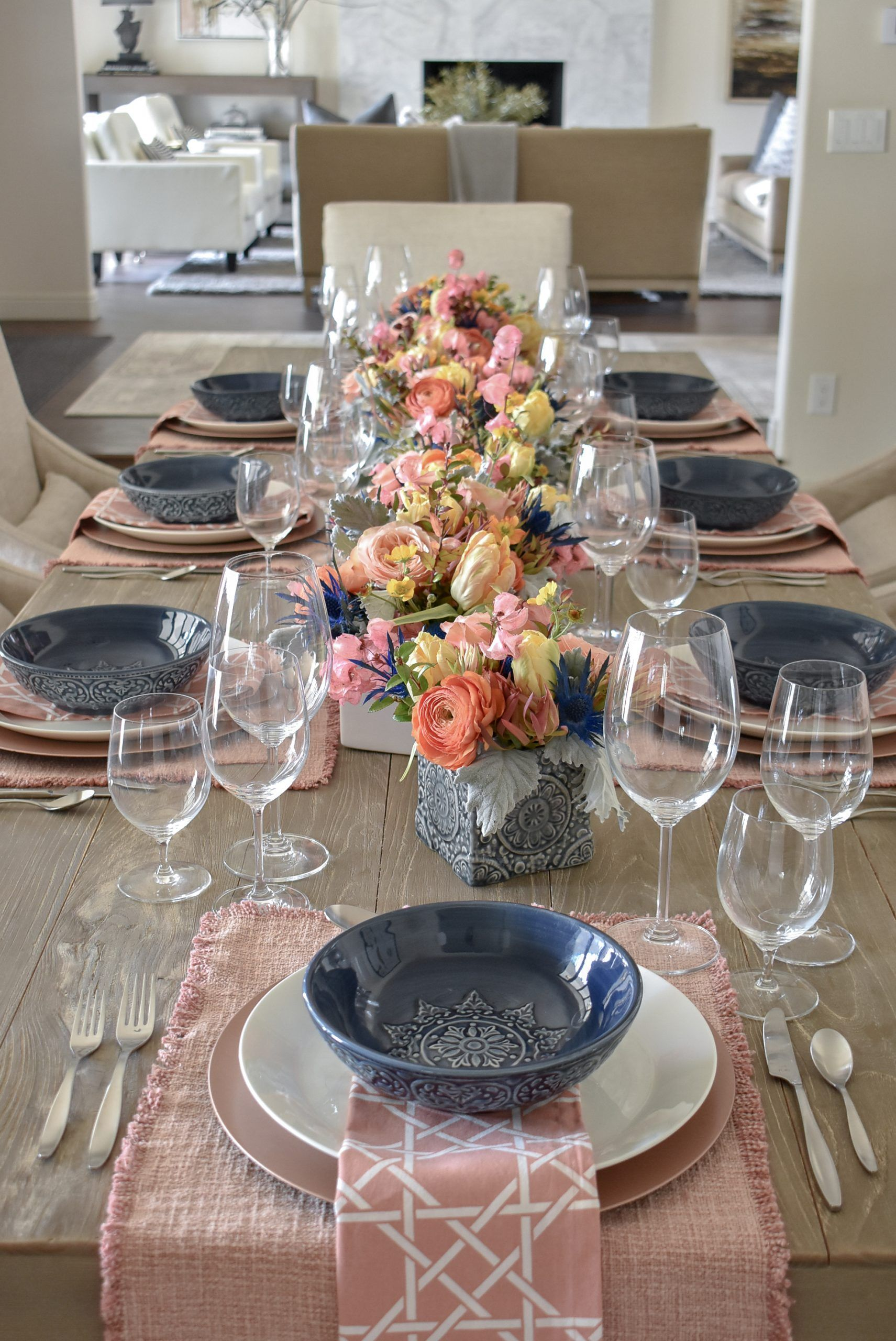 Blush Pink And Blue Spring Tablescape In 2020 With Images Spring Tablescapes Pretty Table Settings Tablescapes