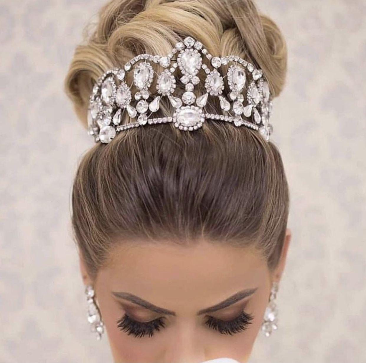 Wedding hairstyle idea! Repost luxurybridalblogger