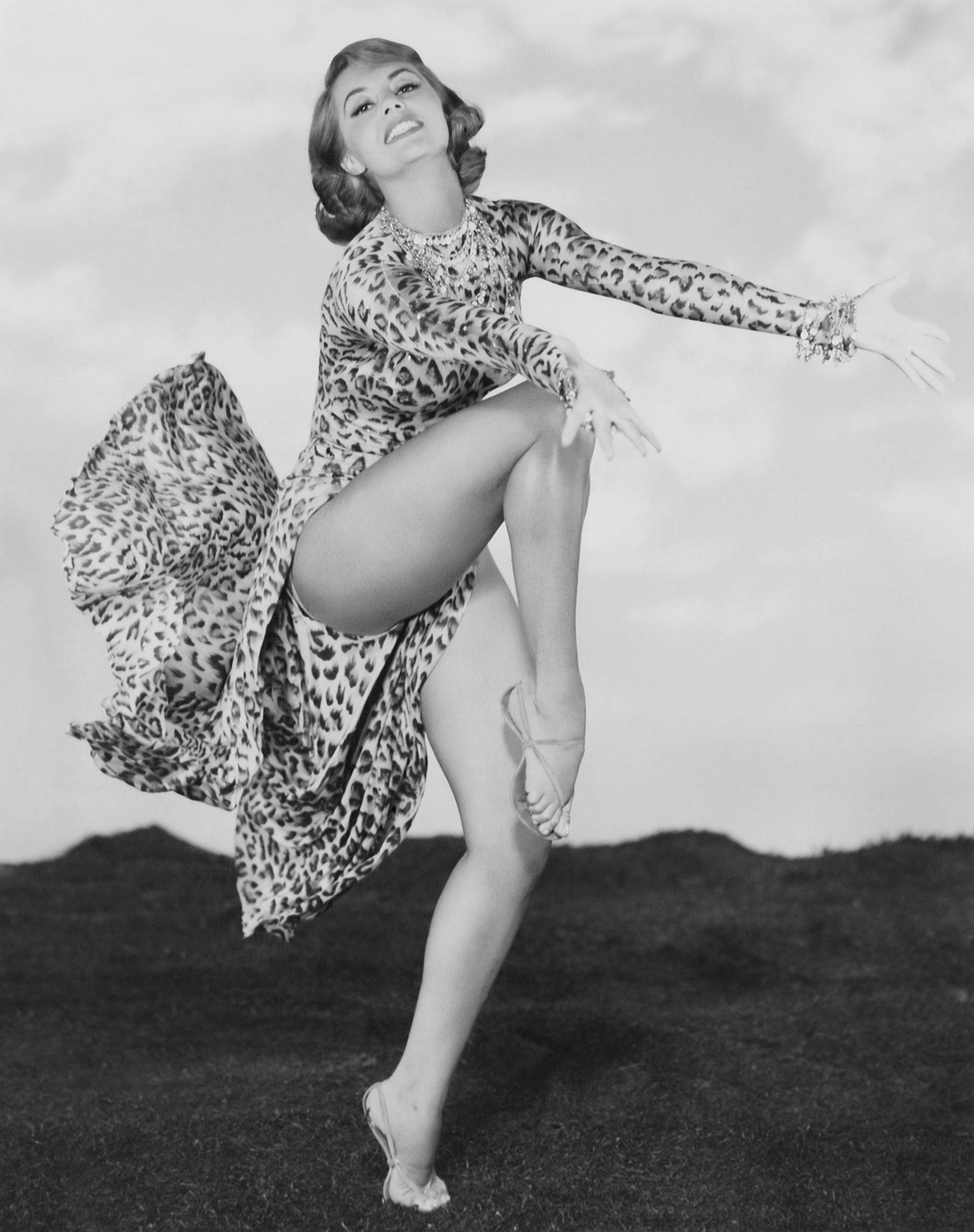 cyd charisse oldcyd charisse height, cyd charisse height weight, cyd charisse now, cyd charisse and fred astaire, cyd charisse gene kelly, cyd charisse ballerina, cyd charisse funeral, cyd charisse las vegas, cyd charisse films, cyd charisse photos, cyd charisse old, cyd charisse birthday, cyd charisse dancing