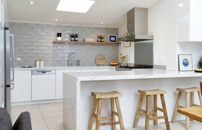 wohnideen küche u förmige küche mit hölzernen barhockern   Küche ...