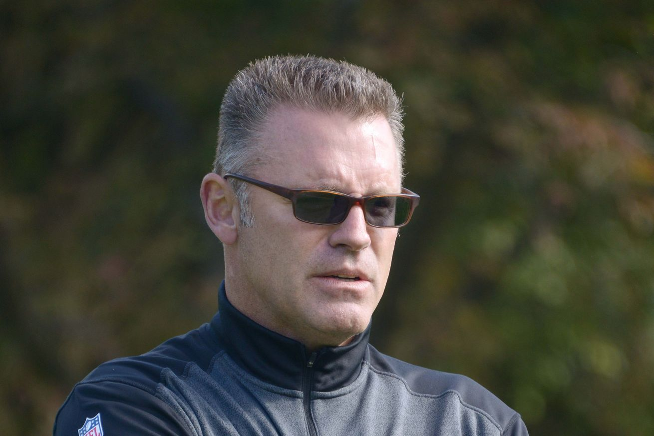 "Howie Long"" - Google 搜尋  Mirrored sunglasses men, Mirrored"