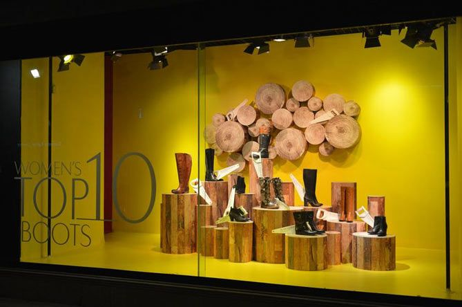 vitrine d 39 automne 5 id es sp cial petit budget adopter vitrines chaussures pinterest. Black Bedroom Furniture Sets. Home Design Ideas
