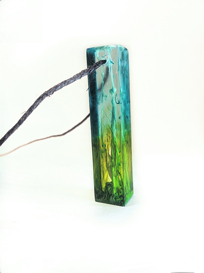 Rectangle multicolored resin pendant