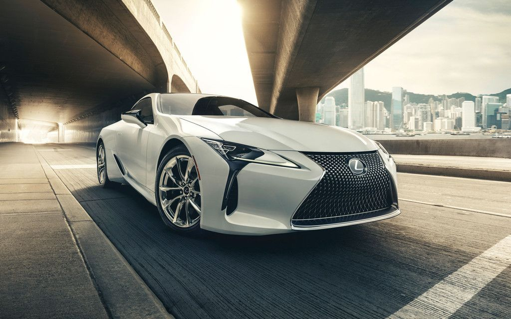 2018 Lexus LC 500, White Luxury Car Wallpaper