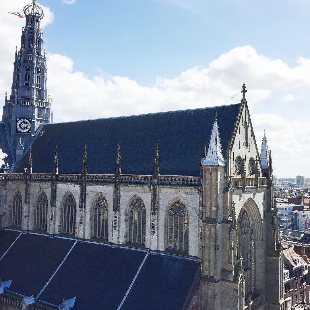 Dit weekend is het Haarlem Cultuur Festival! Alle monumenten van Haarlem waaronder deze jongen is van binnen te bekijken. Maar er is ook muziek dans theater exposities en meer. Check de blog voor meer info link in bio #haarlem #haarlemcityblog #haarlemcultuurfestival #bavokerk