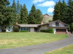 Mountain echo 22 wallowa lake vacation rentals for Echo lake cabin rentals