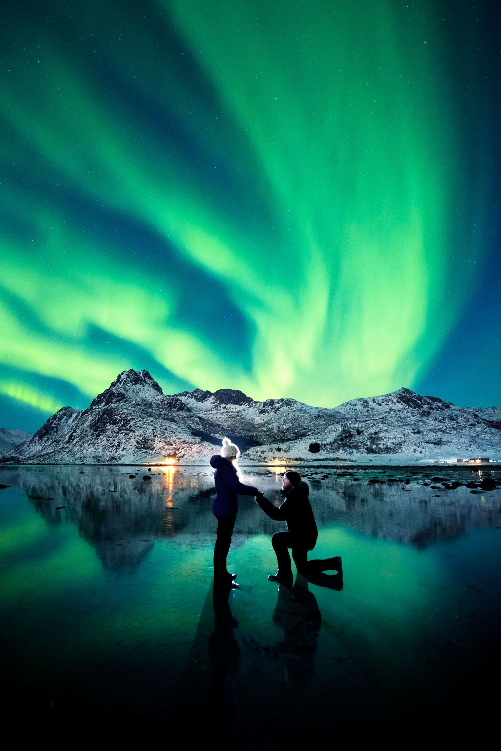 Northern Lights Coupon Book Photographer Proposes Under The Northern Lights Achieves The Most