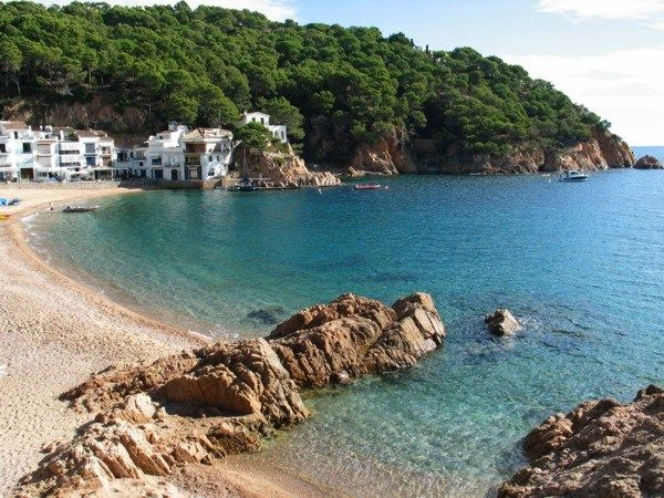 Lovely Tamariu, with it's quaint beach and secluded Cala...my favorite seaside cafe is located here.  All just a 5 minute drive up the road from our place...hola Carlos!