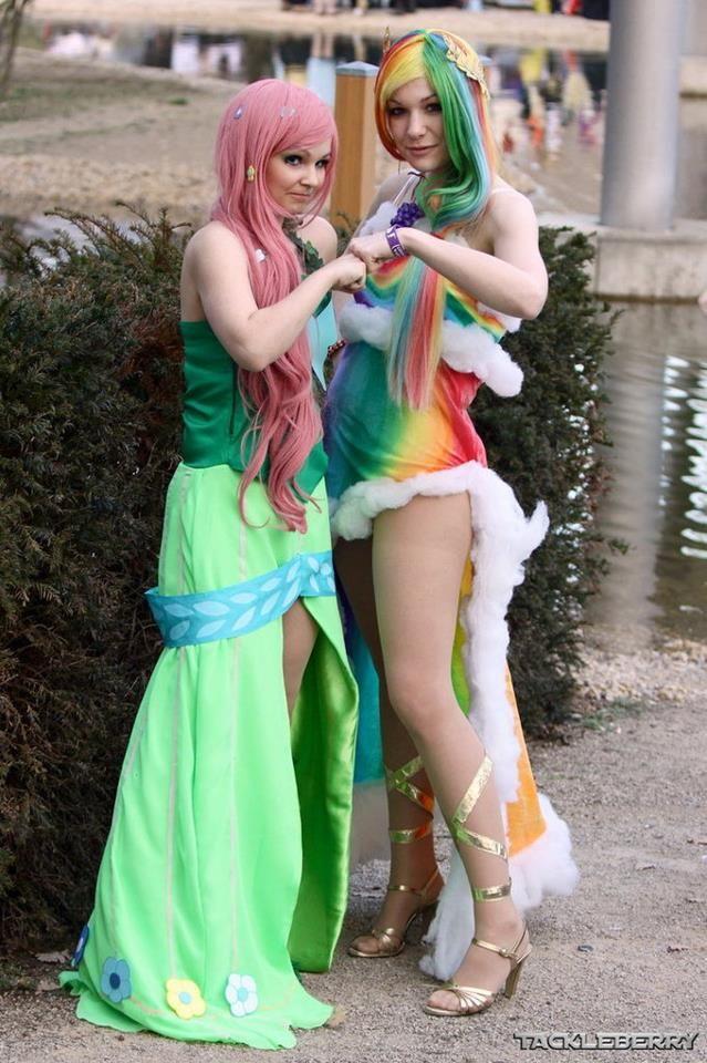 Rainbow Dash Gala Cosplay