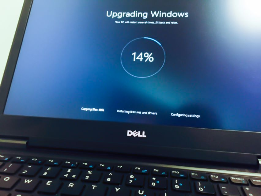 Si Tu Portatil No Admite Windows 10 Microsoft Te Regala Un Dell