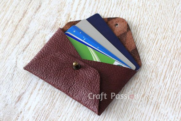 No Sew Leather Pouch Free Pattern Tutorial Craft Passion Diy Leather Projects Leather Wallet Pattern Leather Diy Crafts