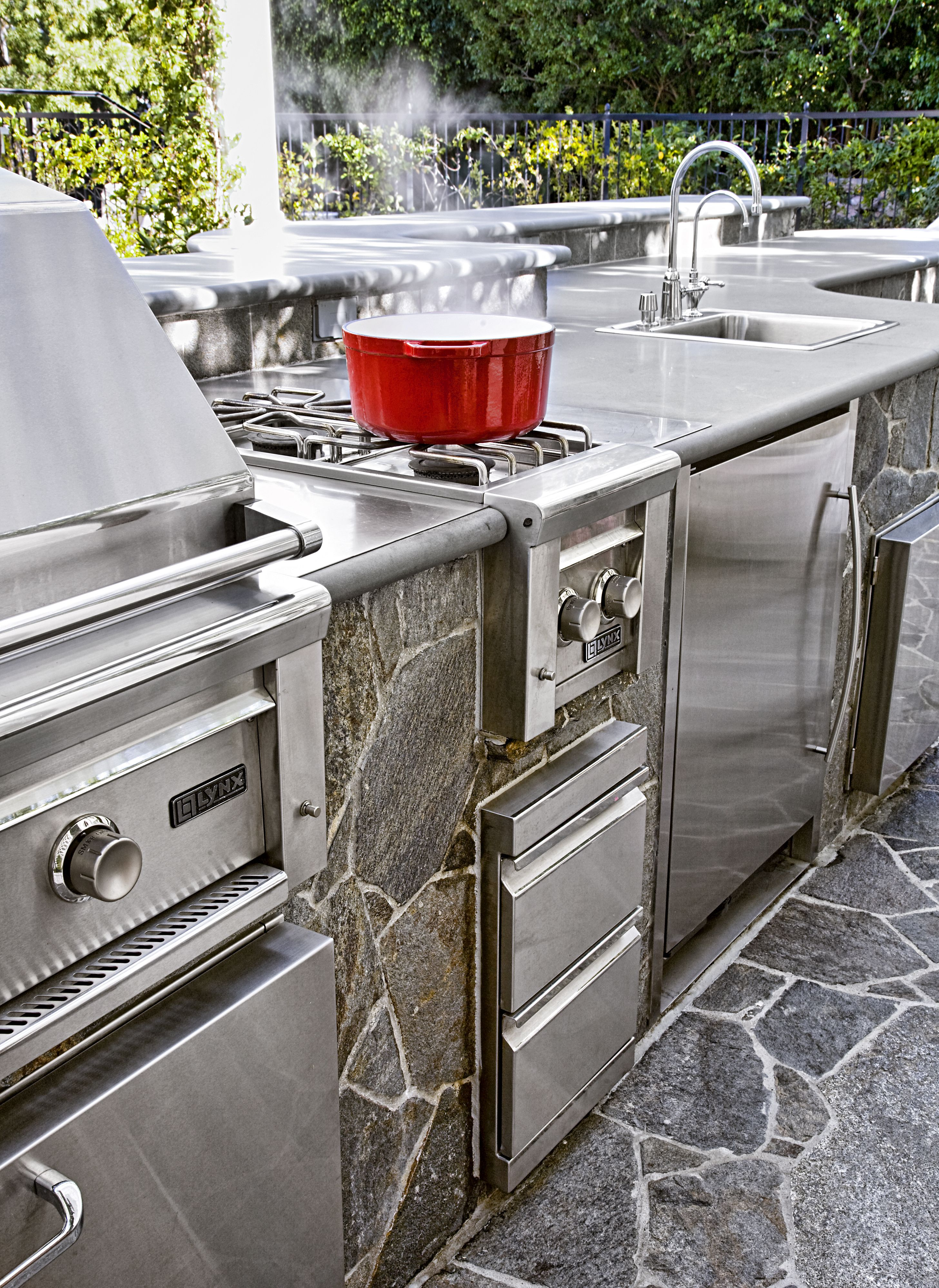 Read This Before You Put In An Outdoor Kitchen Outdoor Kitchen