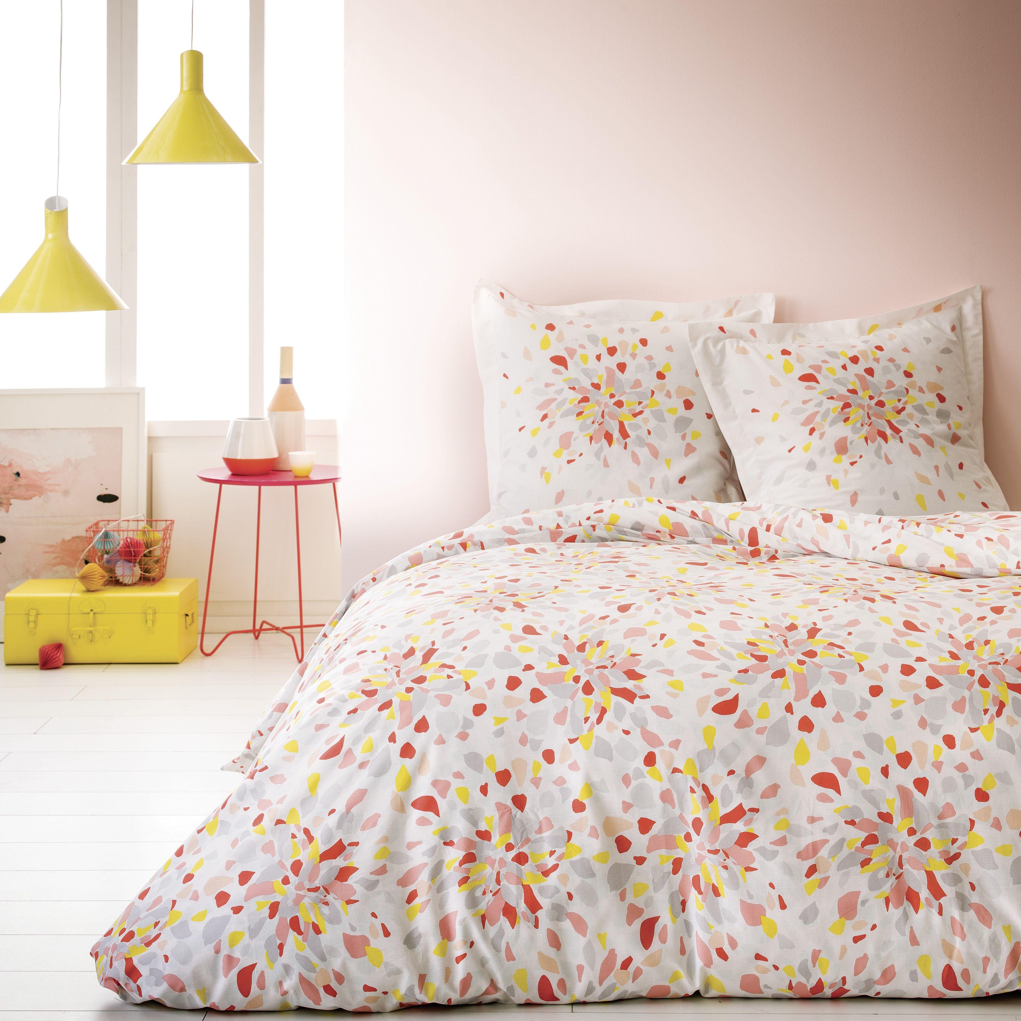 Parure de lit motifs pastels carrefour collection for Carrefour housse de couette