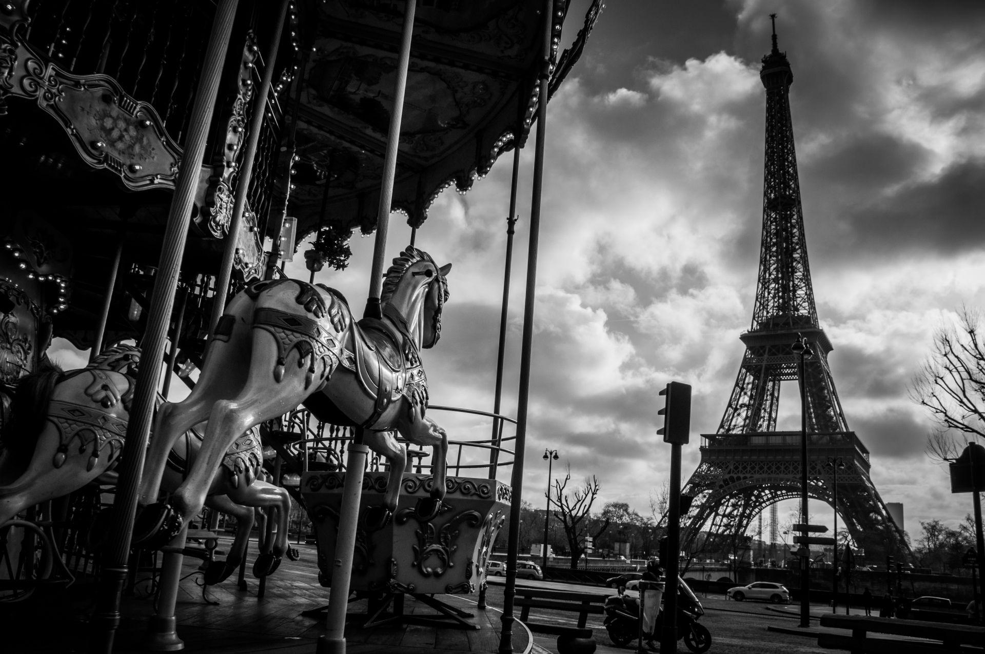 Construction Humaine Tour Eiffel Paris France Skyline Carousel Ville Metropolis Europe Night Tower Lumiere Noir Blanc Fond D Ec Fond Ecran Paris Tour Eiffel
