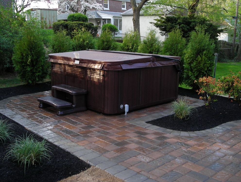 Free paver patio designs with hot tub don 39 t forget to for Backyard patio design ideas