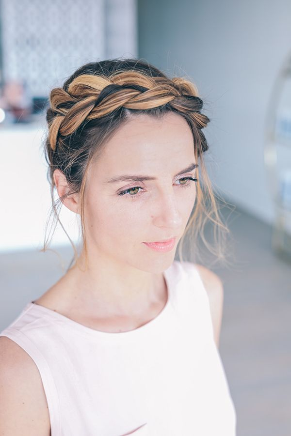 20 easy travelfriendly hairstyles for long hair  long
