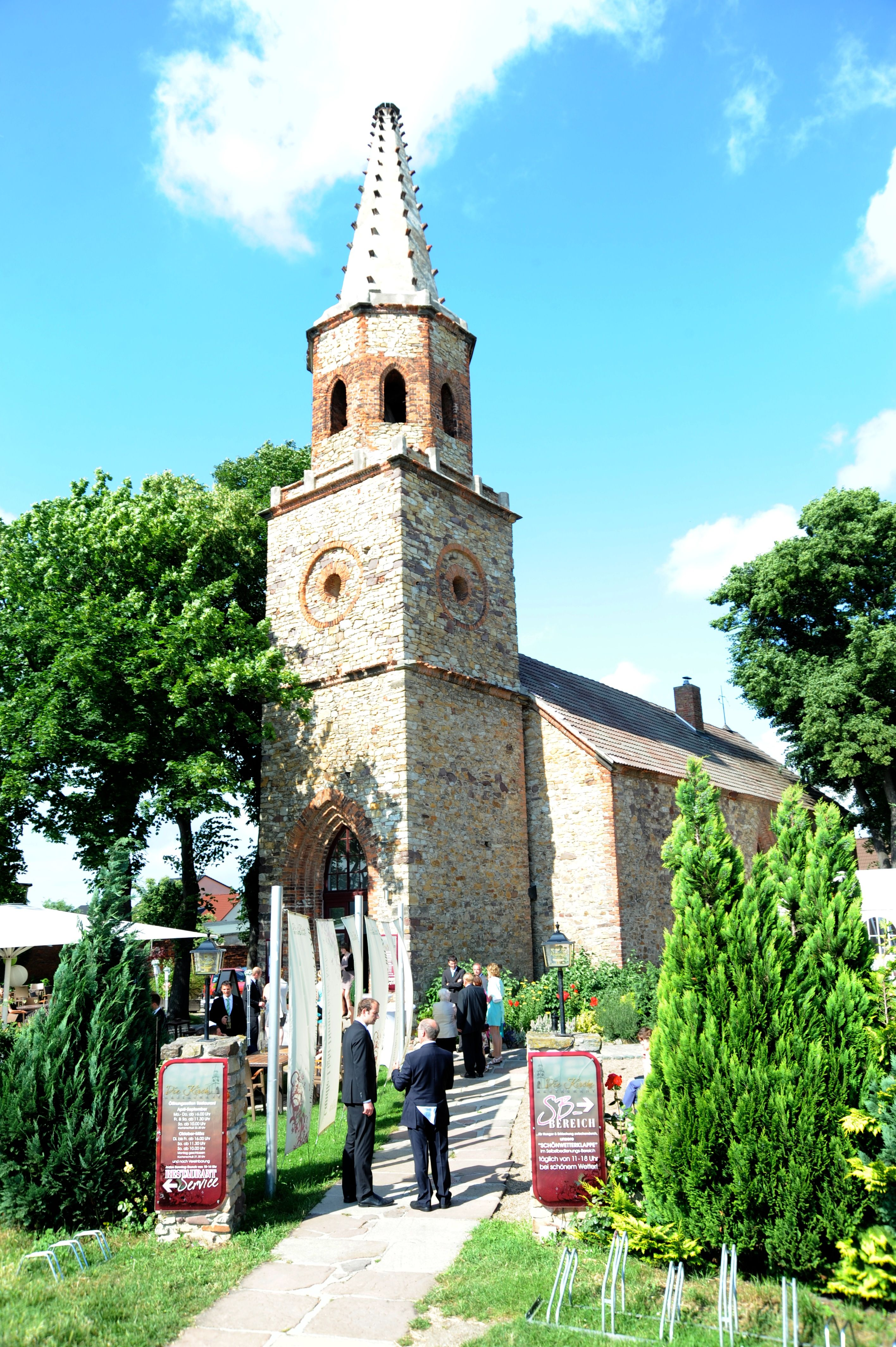 """Restaurant """"Die Kirche"""" Magdeburg"""