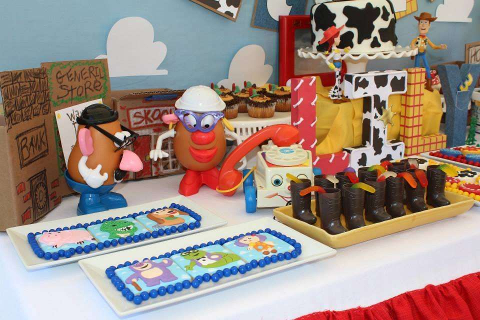 Games To Play At Toy Story Birthday Party : Buzz and aliens from toy story birthday party ideas buzz