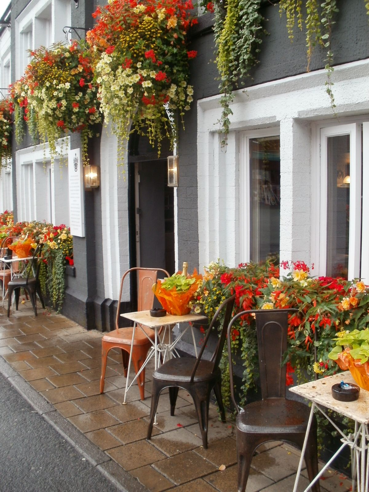 The Sessions House, Knutsford, Cheshire.   Flower planters ...