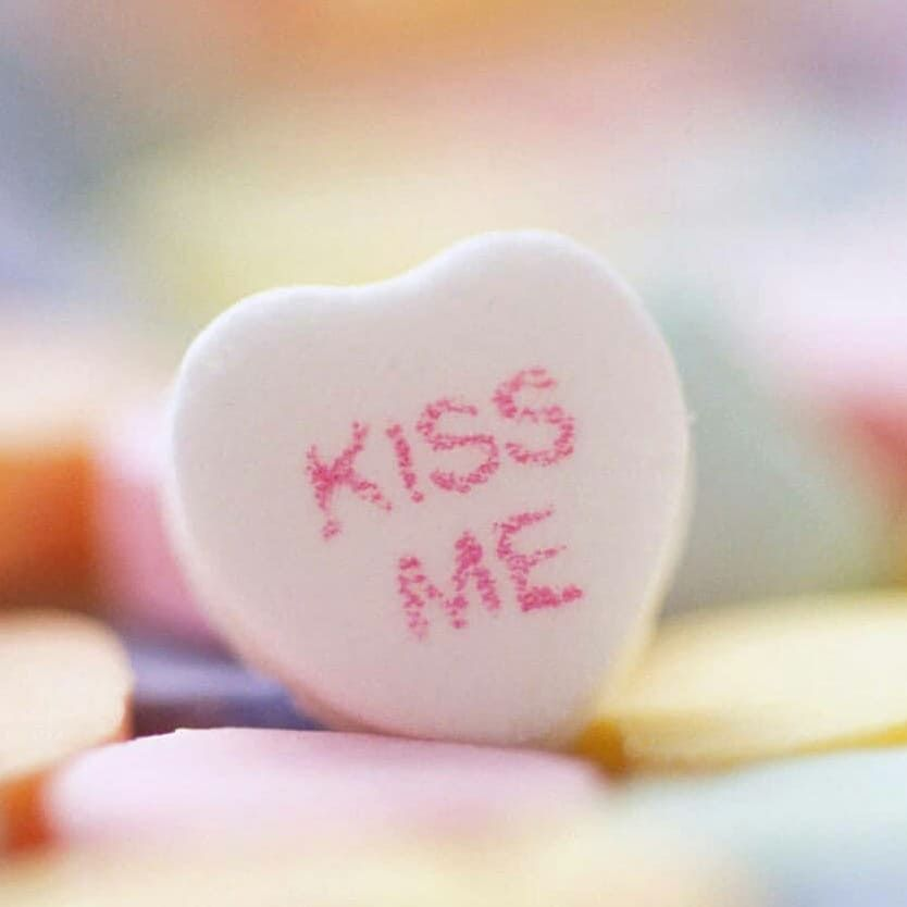 Dp Collection Pink Kisses Wallpaper Valentines Wallpaper