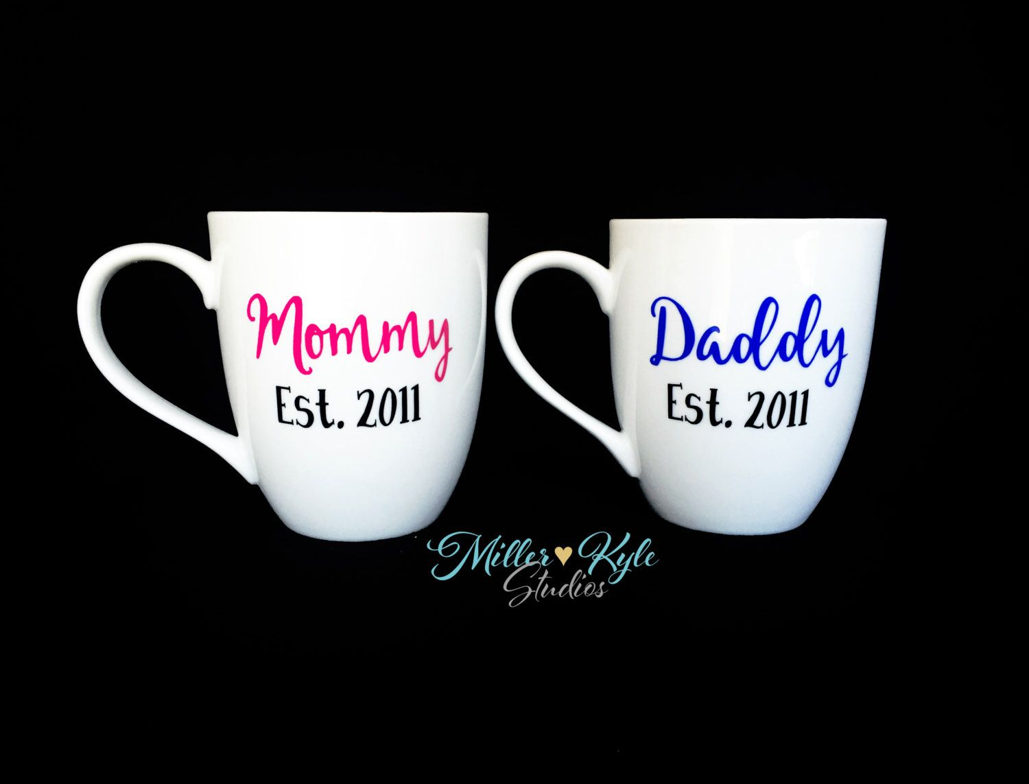 Personalized mommy and daddy coffee mugs 2 mugs baby shower personalized baby shower gift new parents gift and pregnancy reveal mommy and daddy coffee negle Image collections