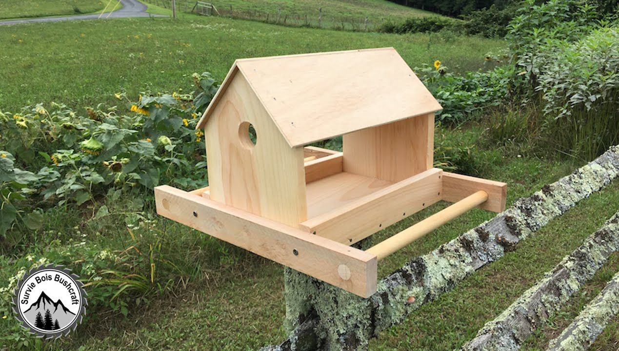 comment fabriquer une mangeoire en bois pour les oiseaux diy bird house en 2018 pinterest. Black Bedroom Furniture Sets. Home Design Ideas
