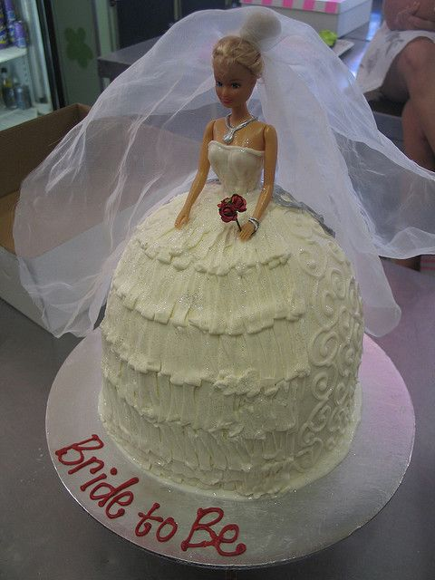 Dear Jenny,  Can we have this cake for my bridal weekend?  Love, Seester