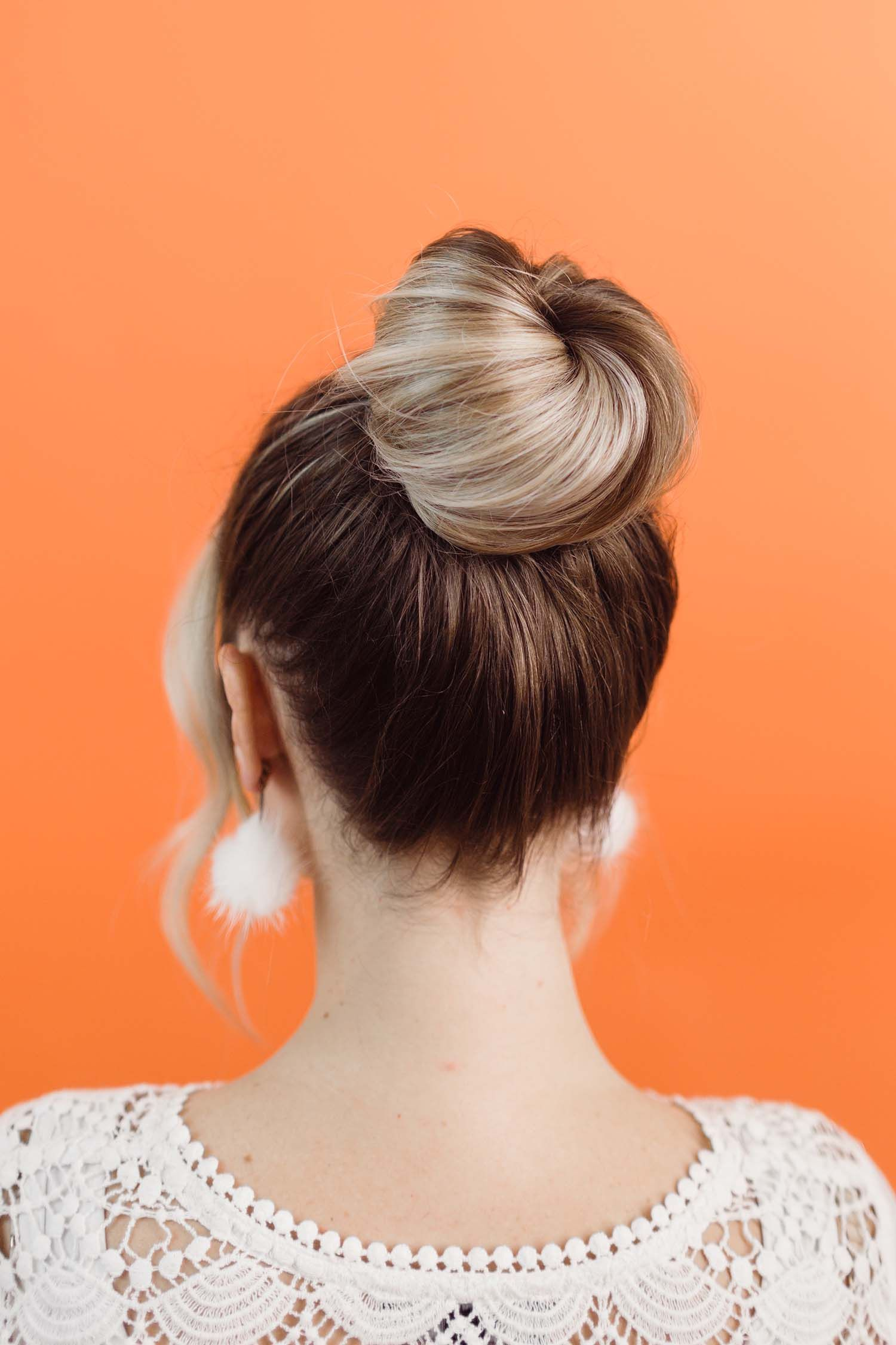 how to style a donut bun | hair / beauty | donut bun