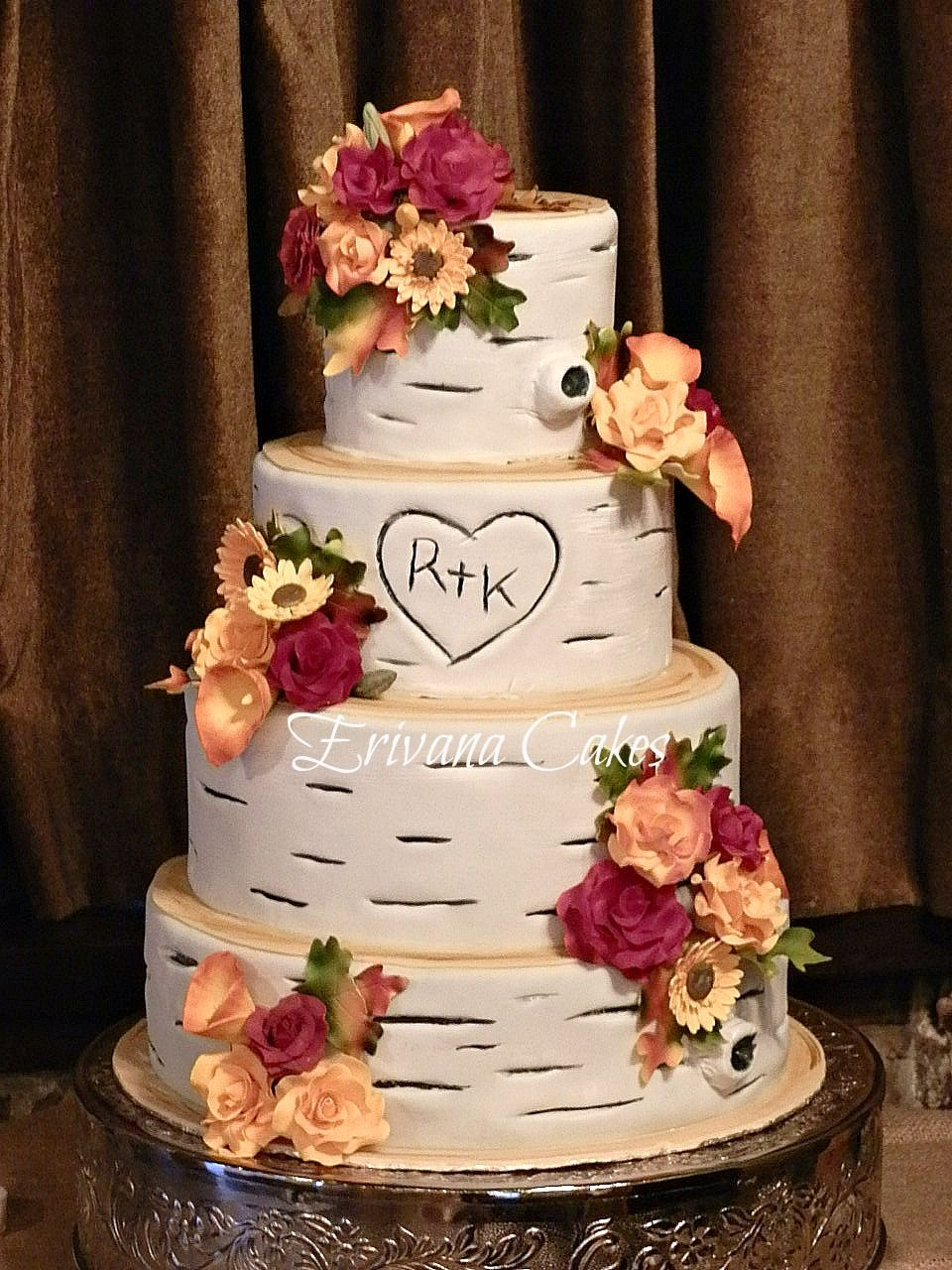 images of fall wedding cakes birch wood with fall gumpaste flowers wedding cake 16338