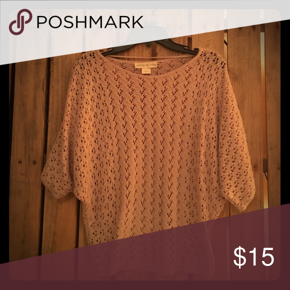 Tan knitted sweater Tan sweater that can be worn with a high waisted skirt or jeans. 3/4ths sleeve length. Can be dressed up or down this fall. Staring at Stars Sweaters Crew & Scoop Necks