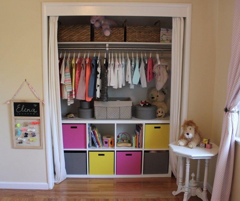 Schrank weiß ikea kinder  Ikea-Regale-Kallax-begehbarer-Kleiderschrank-KInderzimmer | Girls ...