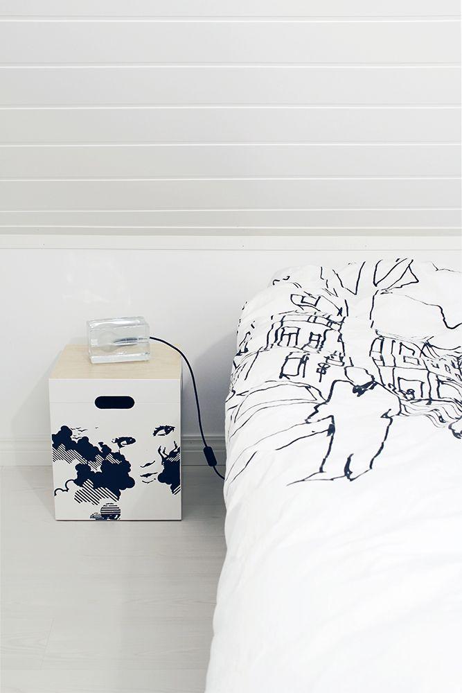 Bedroom - Marimekko sheets and block lightning