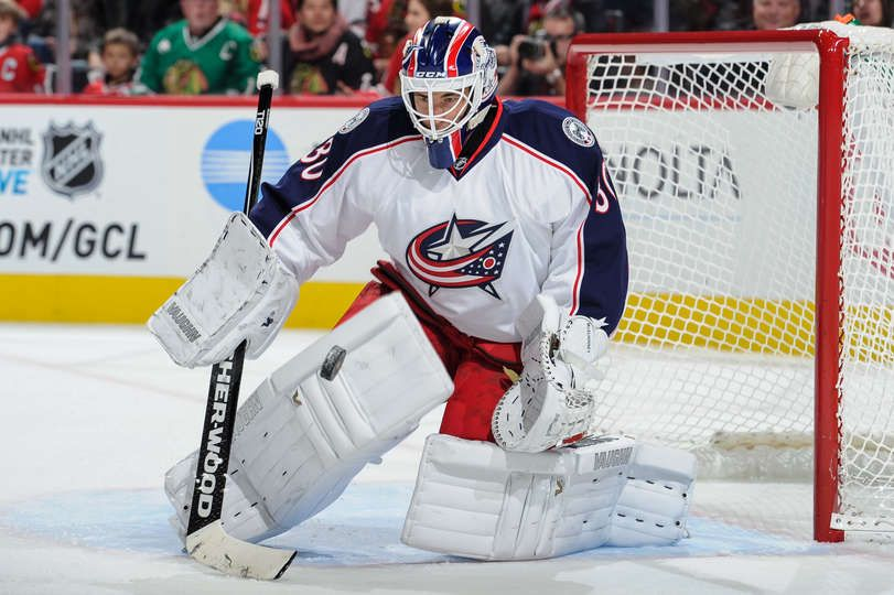 Curtis McElhinney #30 of the Columbus Blue Jackets