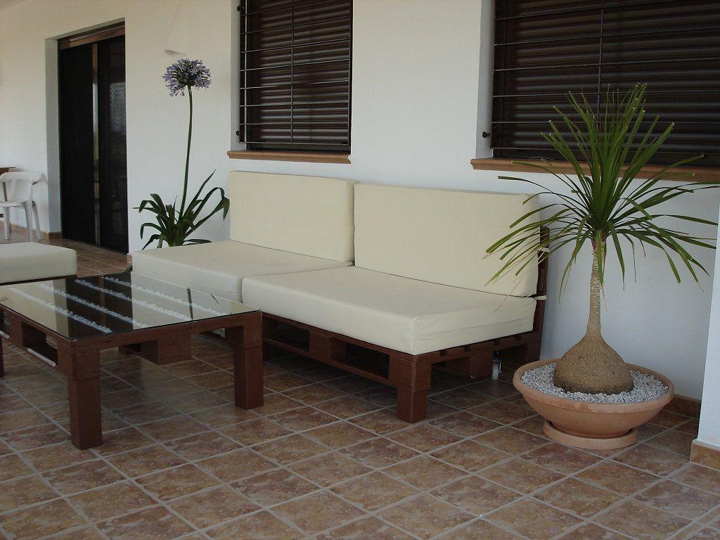 Muebles reciclados con palets y bobinas muchisimos for Muebles de jardin con palets