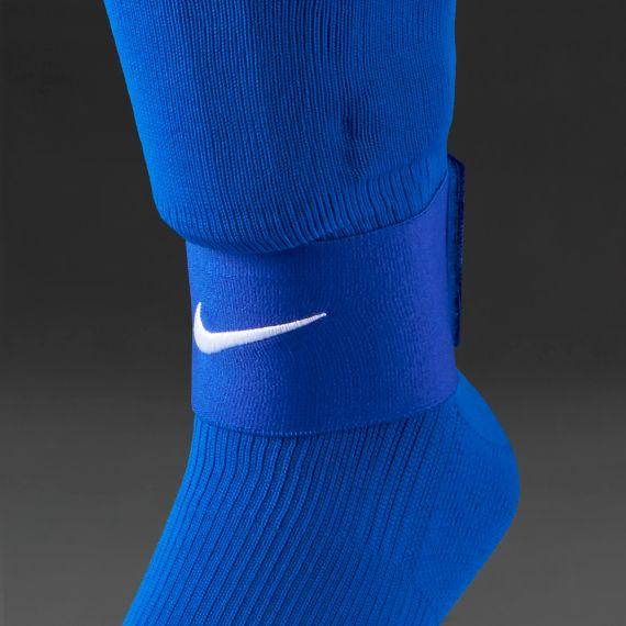 d09321c95 Nike Guard Stay II Shin Guard Sleeve - Varsity Royal/White   Chill ...