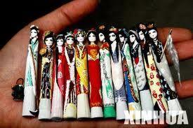Asian Chalk Figures