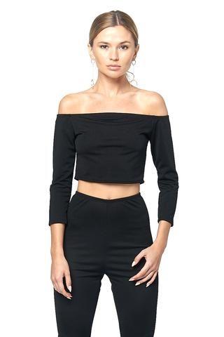 a37282988aadbe Chic Design Off-the-Shoulder Crop Top