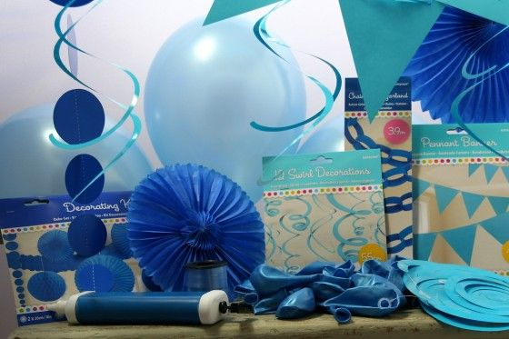 essential blue theme party box