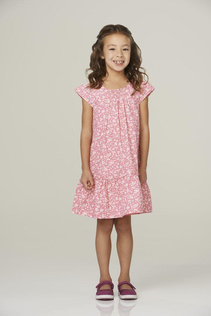 Season 6 Lily Tucker Pritchett Aubrey Anderson Emmons Modern Family Lily Summer Dresses Modern Family Season 6