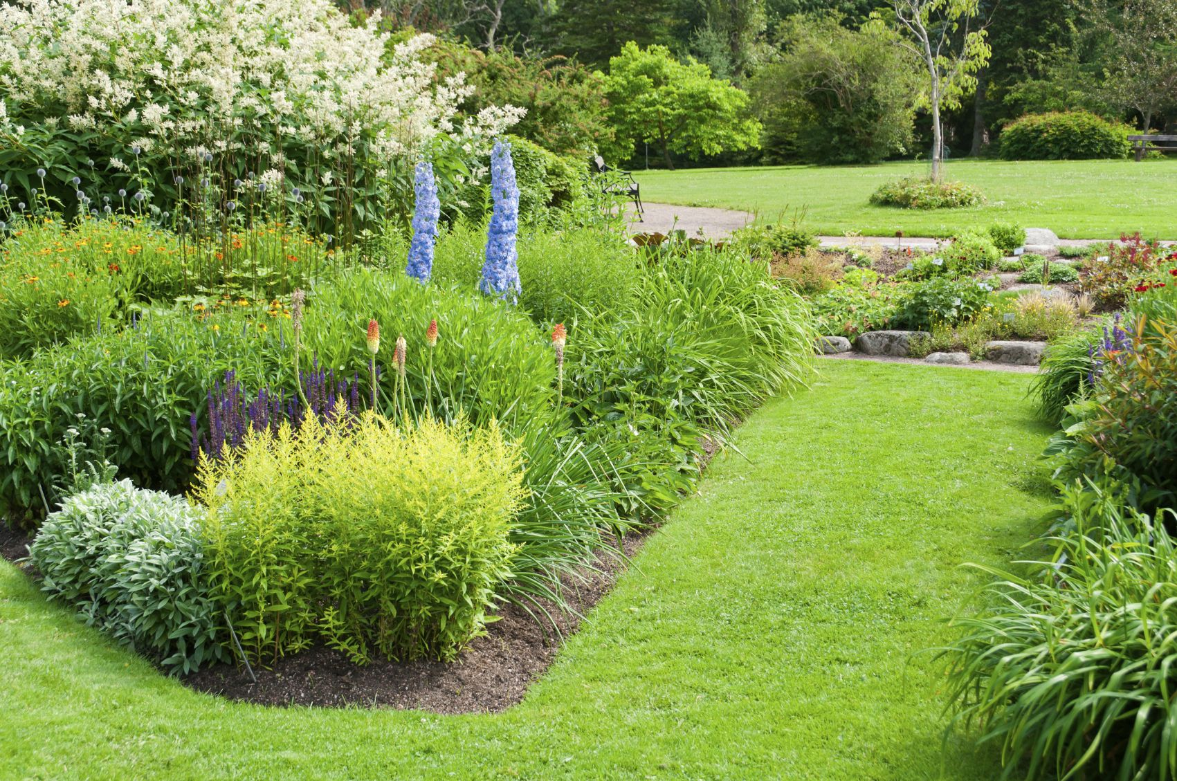 Landscaping And Yard Services Garden Landscape Design Landscape Design Services Front Yard Landscaping