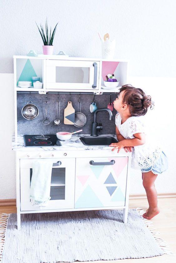 IKEA DUKTIG Kinderküche pimpen – 10 einfache DIY Tricks für eure ...