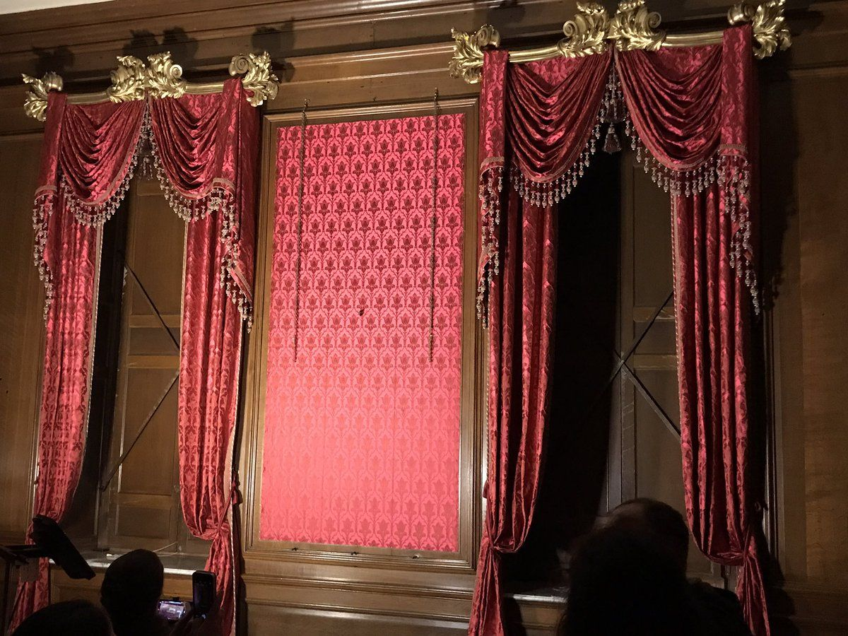 The tyrconnell room at belton house humphries weaving wove silk and