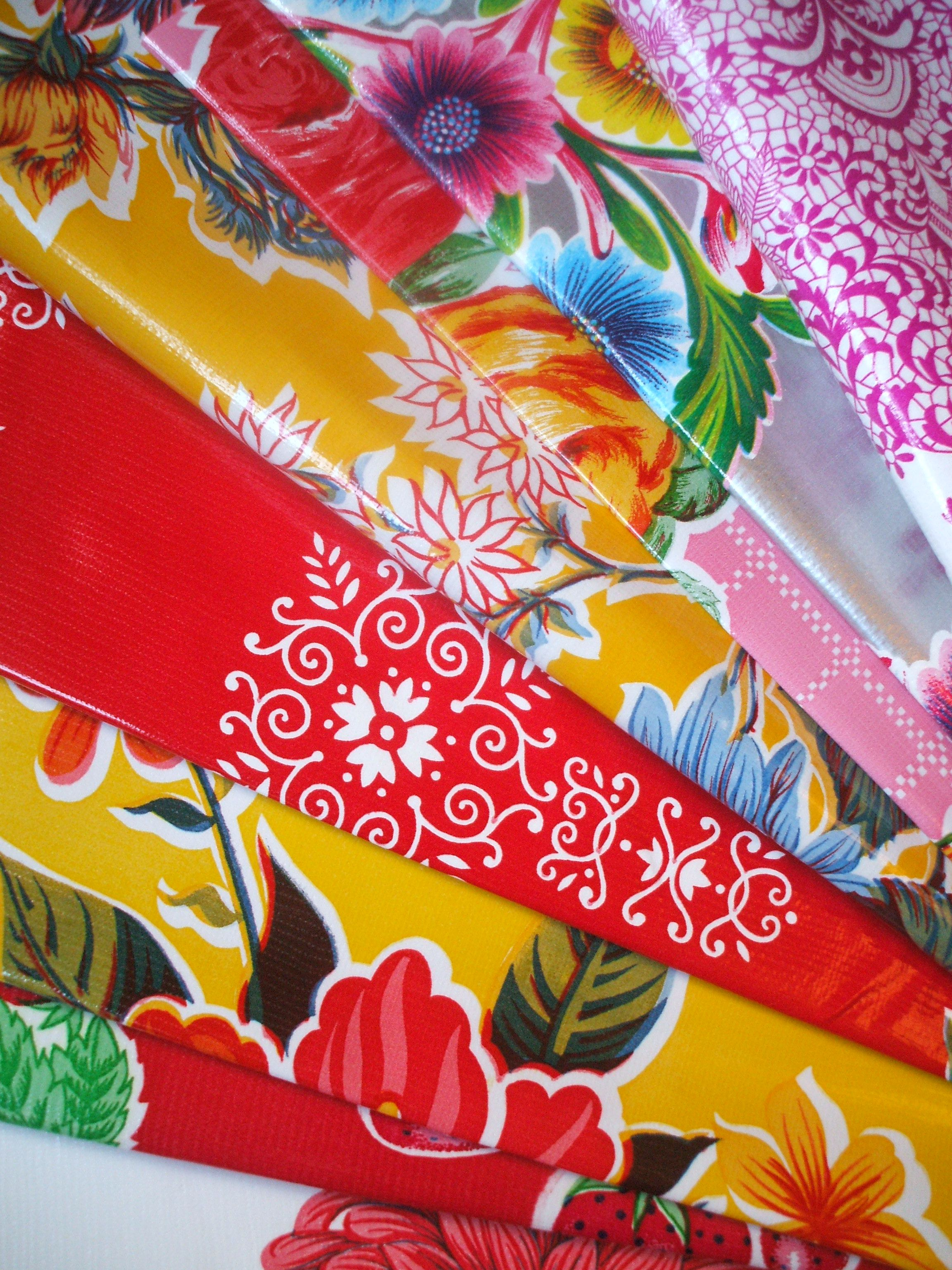 OOH LOVE THE PAPEL PICADO OILCLOTH IN FUSCHIA WHITE Oilcloth