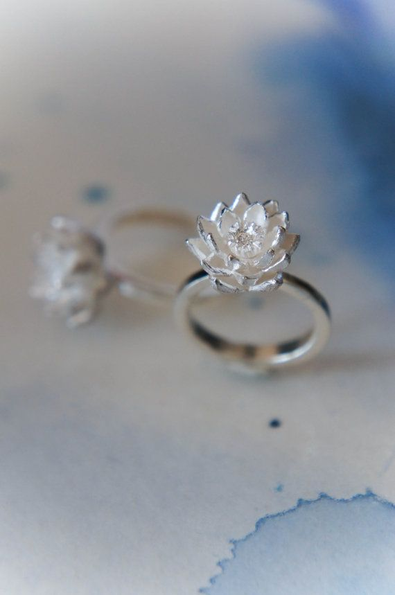 What Is A Promise Ring And Engagement